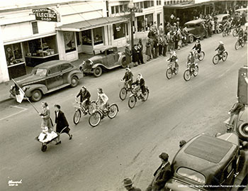 1933 Girl Scout Bike Parade